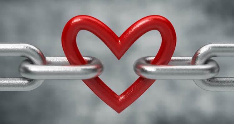 сердце в цепях
