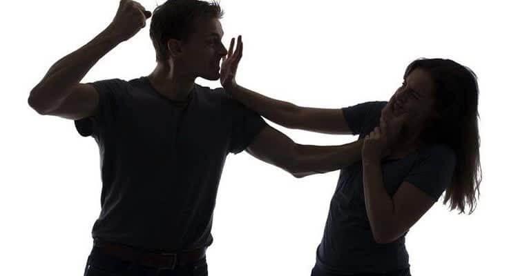 Как вернуть бывшего парня и физическое насилие
