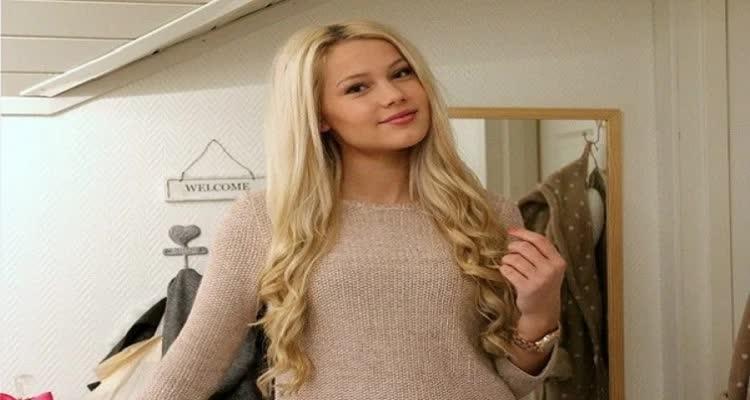 Девушка скандинавской внешности