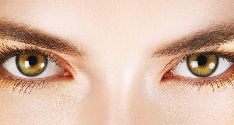 Глаза с синдромом сухого глаза