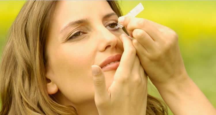 Закапывание витаминных каплей для глаз