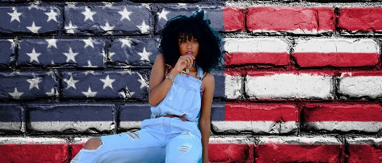 a girl in american-style clothing