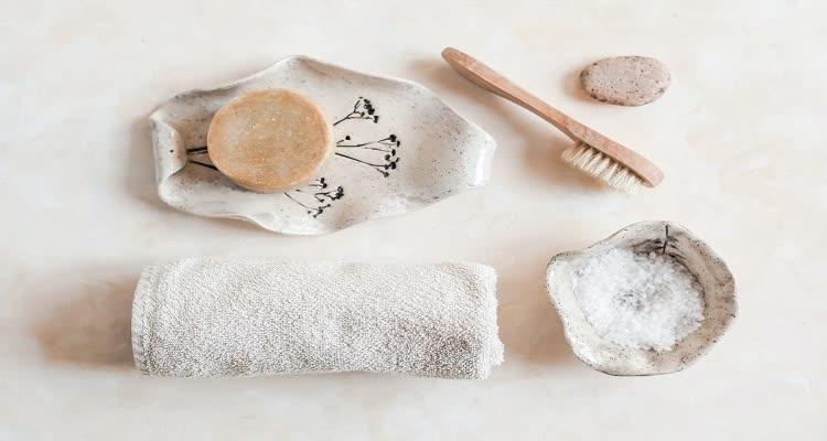 Мягкий скраб для грудной клетки и полотенце